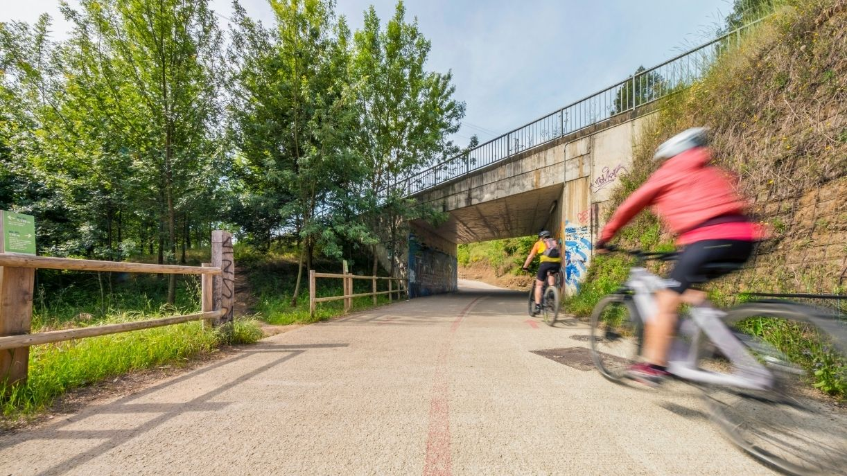 Carril-bici-Girona-Sant-Gregori-ABM-ingenieria-civil-ciclismo